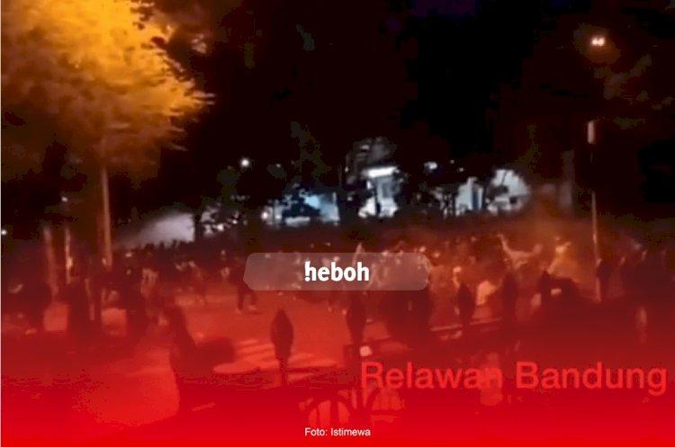Demo Tolak RUU Cipta Kerja di Bandung Berakhir Ricuh